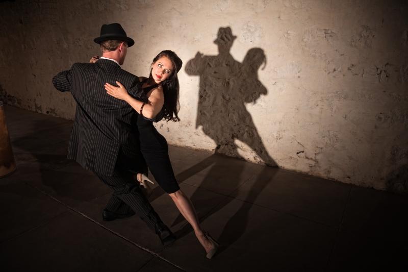 pretty-tango-dancer-with-partner